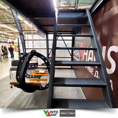 АРКАХАУС Лестница на второй этаж выставочного металлического стенда